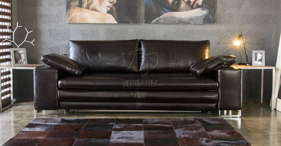 Дорогой диван из кожи
