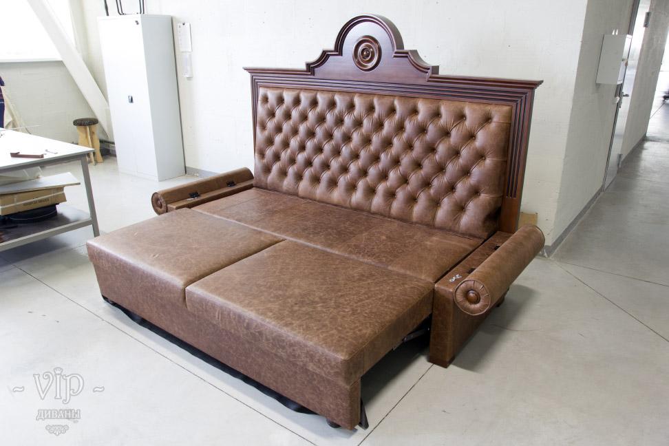 Кожаный диван кровать в  Москве